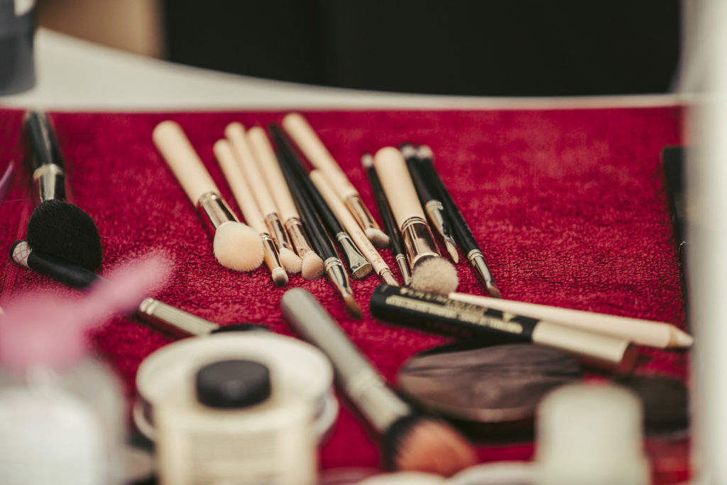 Diverse Make-Up Utensilien